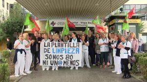 Limpiadores del Hospital Vega Baja en pie de guerra