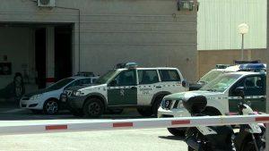 La Guardia Civil detiene en Dolores a un hombre que se autolesionó para simular un robo