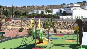 El ayuntamiento de Algorfa recupera zonas verdes en la Finca Golf
