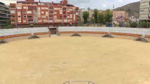 La Plaza de Toros divide a los oriolanos