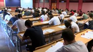 Recogen más de 30.000 firmas en contra de un examen de Matemáticas de Selectividad