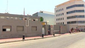 Prisión provisional sin fianza por robar en viviendas haciéndose pasar por revisor de gas