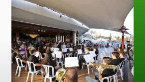 Torrevieja y Cox juntan las voces de sus bandas juveniles en un mismo concierto