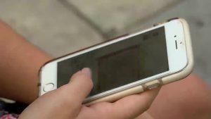 Desconectar en vacaciones: misión imposible para los adictos al teléfono móvil
