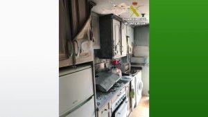 Dos agentes fuera de servicio sofocan un incendio en una vivienda de Almoradí