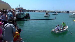 Cucaña, fiesta de espuma y carrera de artefactos flotantes para celebrar la Virgen del Carmen
