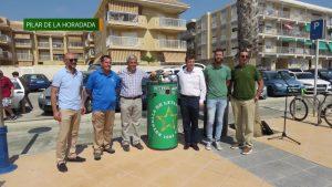 Pilar de la Horadada instala compactadoras de latas en los paseos de la costa