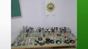 La Policía Local de Los Montesinos incauta 185 objetos presuntamente falsificados