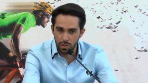 Alberto Contador visita Torrevieja como embajador de la campaña «Bicis para la vida»