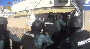 Detenido en Torrevieja un presunto fugitivo belga acusado de cometer robos con «extrema» violencia