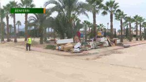 Benferri afronta la catástrofe de la riada un mes después