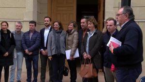 La Diputación de Alicante apoya las reivindicaciones de las familias de la Vega Baja