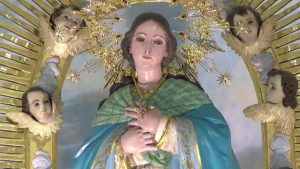 Roban dos cruces pectorales de La Purísima
