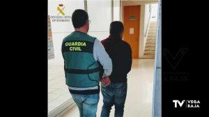 Dos detenidos por estafar a empresarios agricultores de la Vega Baja