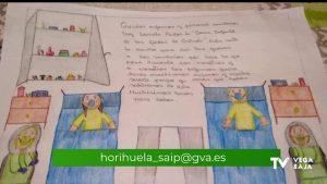 Cartas de apoyo a pacientes ingresados por coronavirus en el Hospital Vega Baja