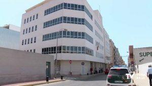 Prisión para una vecina de Torrevieja que burló cuatro veces el confinamiento para comprar en Elche