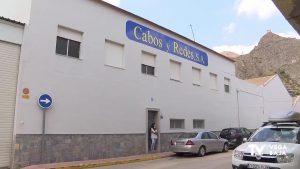 El Ayuntamiento de Callosa intenta evitar el cierre de la empresa Cabos y Redes con una permuta