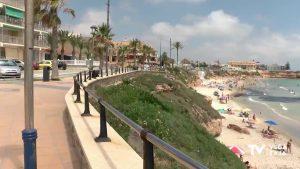 Cierran varias playas de Pilar de la Horadada por exceso de aforo