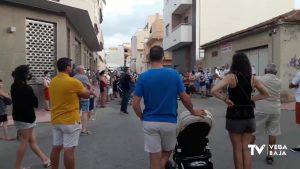 Protesta en San Miguel de Salinas por la apertura de un velatorio en el centro del municipio