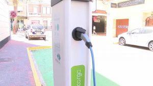 Los puntos de recarga eléctrica, una apuesta de futuro en la comarca de la Vega Baja