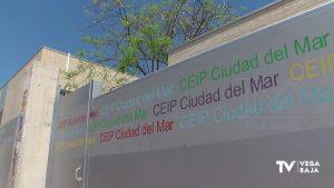 Dos colegios de Torrevieja confinan dos aulas y parte del profesorado por varios positivos