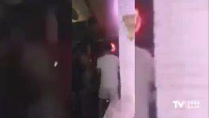 La Policía Local de Orihuela desaloja un pub de Campoamor por no cumplir las medidas sanitarias