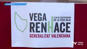 Ximo Puig asiste a la presentación del Plan Vega Renhace en el Auditorio de Almoradí