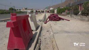 Obras en la carretera que une Redován y La Campaneta para ampliar el carril bici