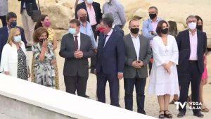 """Ximo Puig y varios consellers visitan la """"zona cero"""" de la riada del Segura en Almoradí"""