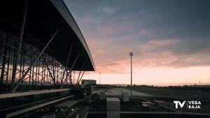 Una recogida de firmas persigue que el aeropuerto de Alicante-Elche se llame Miguel Hernández
