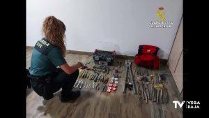 La Guardia Civil detiene a dos hombres en Orihuela por robos en Monforte del Cid