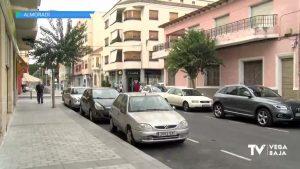 Una vecina de Almoradí encuentra un sobre con 2.000 euros y lo entrega para encontrar a su dueño