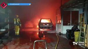 Incendio en un taller de automoción de Guardamar del Segura