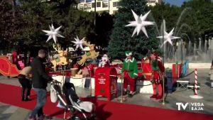 Papá Noel llega a la Glorieta Gabriel Miró de Orihuela
