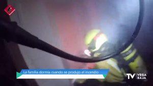 Se quema un sofá en una casa de Almoradí mientras sus ocupantes dormían