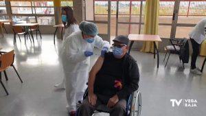 Llegan las vacunas contra la COVID-19 a la residencia de mayores de Orihuela