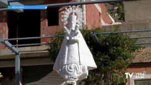 La Patrona de Redován, la Virgen de la Salud, vuelve a su plaza tras ser restaurada