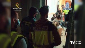 Detenidos por asaltar casas en la Vega Baja: amenazaban a sus ocupantes para hacerse con el botín