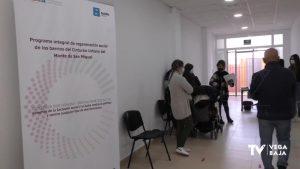 La inmersión lingüística y laboral sigue su curso en los barrios del Monte San Miguel de Orihuela