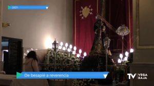"""Orihuela cumple con el """"Abuelo"""" y cambia el besapié por una reverencia"""