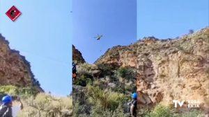 Rescatan en helicóptero a dos escaladores al quedar colgados en la vía ferrata de Callosa de Segura