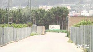 Sin luz de camino a casa: los vecinos de Molins exigen farolas para evitar los robos de noche