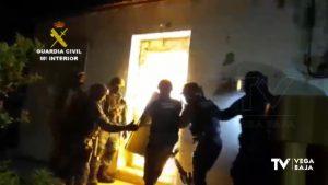 Una operación contra el cultivo y venta de droga en Redován moviliza a un centenar de agentes