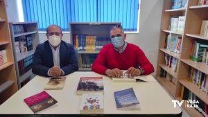 El escritor sanfulgentino José María Ballester dona su obra a la Biblioteca Municipal