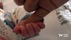 1.300 bebés nacen al año en el Hospital Vega Baja: la pandemia no ha variado los datos