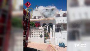 Incendio en una vivienda de Torrevieja cuya inquilina sufre posible síndrome de diógenes