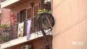 Soterrar los cables de la calle: una asignatura pendiente en los municipios de la Vega Baja