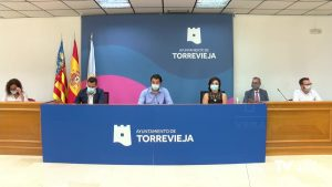 """Torrevieja canjea más del 32% de los """"bonos consumo"""" en su primera semana de campaña"""
