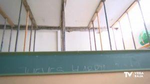 Un aula apuntalada desde hace dos años por culpa de un papel