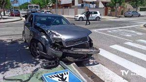 Accidente de tráfico en un cruce de Pilar de la Horadada